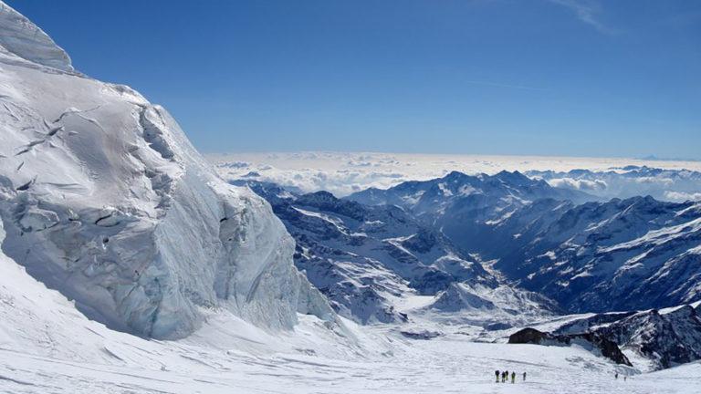 glacier et montagne de alpes suisse