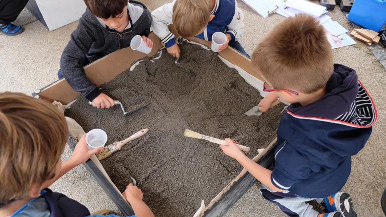 initiation aux fouilles archéologique pour des enfants